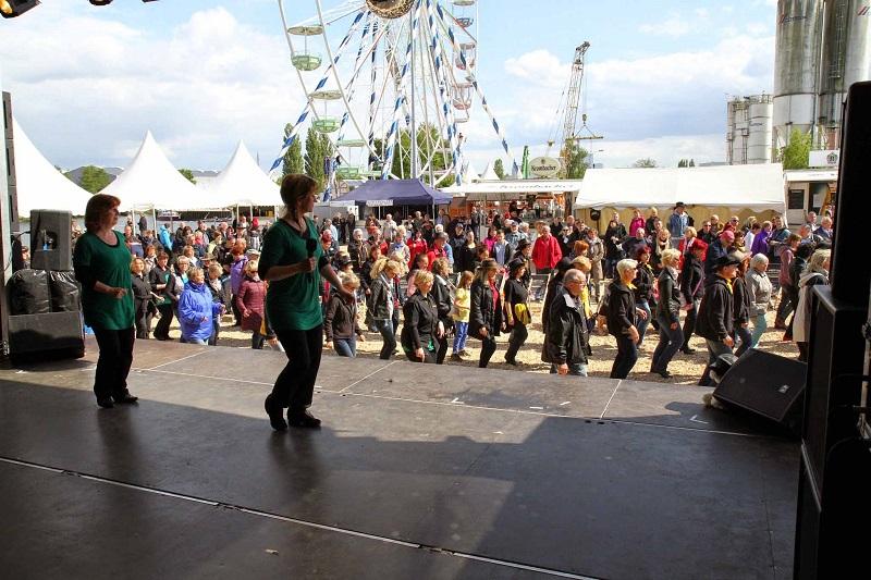 Country Linedancer Berlin-Brandenburg e. V. in Velten, Auftritt